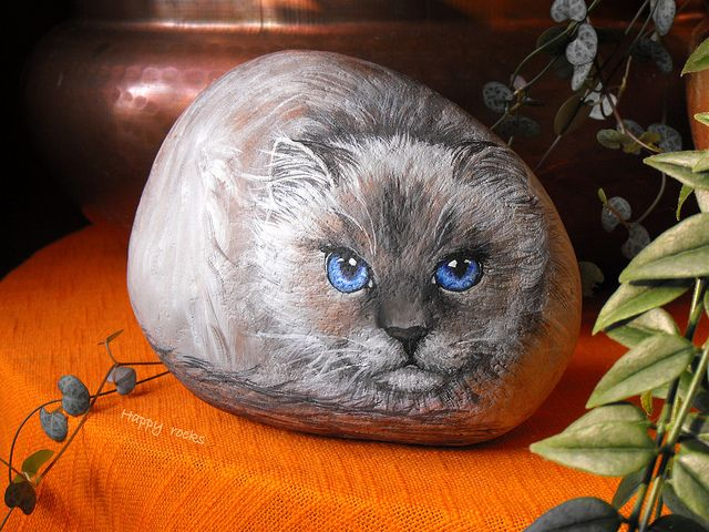 SACRE DE BIRMANIE by rockpainting , yvette, via Flickr