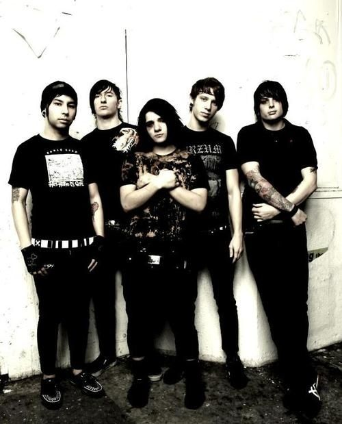 Sonny with his band From First To Last, of which he was a member until 2007: | 57 Photos Of Skrillex Before He Was Skrillex