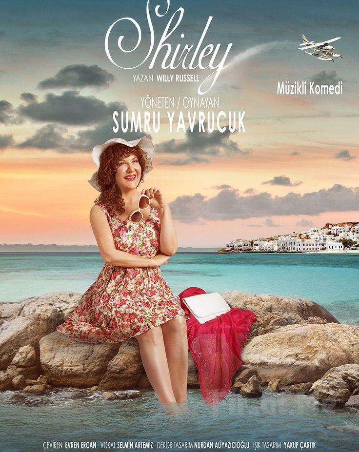 """Sumru Yavrucak'tan Tek Kişilik """"SHIRLEY"""" Tiyatro Oyunu Bileti! Çok özel bir oyunla, bir kadının kendini bulma hikayesi ile buluşacağınız Shirley 19 Kasım Cumartesi Mall of İstanbul Moi Sahne'de siz tiyatro severlerle buluşuyor."""