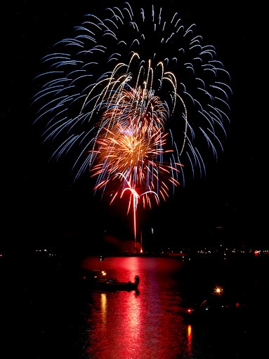 Looks like GiGis lakehouse! 4th of July Fireworks. Photo by Andy New.