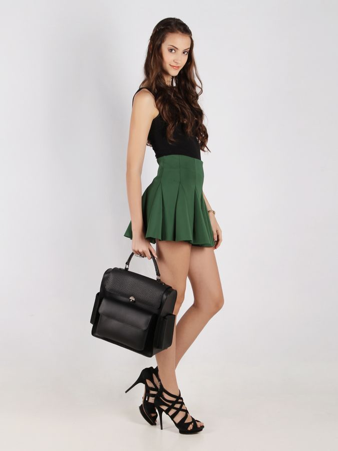 Maxine Pocket Bag #handbag #taswanita #bags #fauxleather #kulit #messengerbag #simple #fashionable #stylish #trend #colors #black Kindly visit our website : www.bagquire.com
