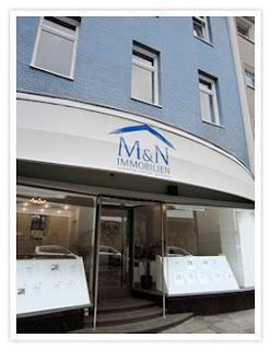 Das Ladenlokal von M Immobilien in Essen-Holsterhausen.