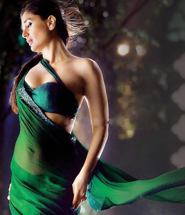 Kareena Kapoor Looking Hot in Saree