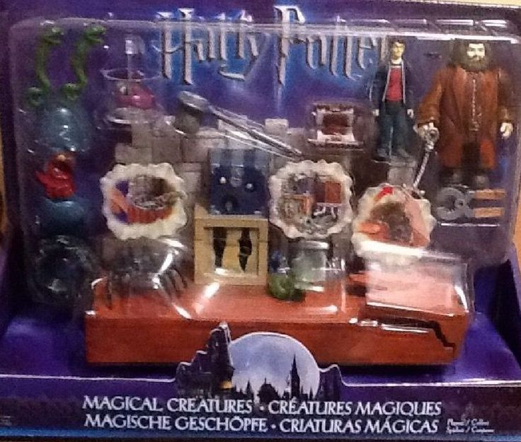 Harry Potter Play Set Hagrid World of Magical Creatures C3165 Snapping TextBook