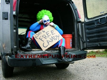there is nothing more frightening than a clown in a van said the previous pinner - Clown Halloween Decorations