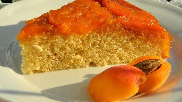 Sárgabarackos fordított sütemény