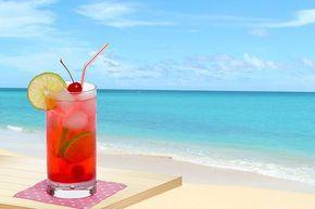 De Shirley Temple is een klassieke niet-alcoholische cocktail op basis van gemberbier. Gemberbier is een niet-alcoholische drank in tegenstelling tot wat de naam doet vermoeden.