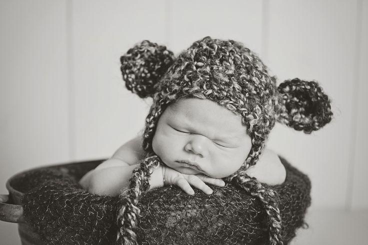Newborn in black and white !!!
