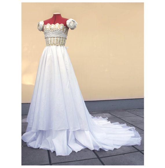Prinzessin Serenity Kleid nach Maß von elvenstore auf Etsy