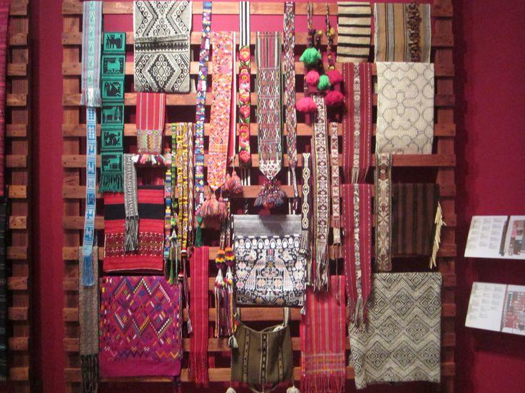 fajas tipicas de comunidades indigenas del peru, ecuador, mexico, buenos aires.
