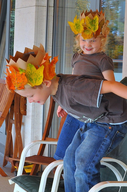 "fall birthday fairy crown - leaves on traditional ""crown"" for the boys?"