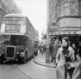 1965 - Tottenham Court Road and Oxford Street junction