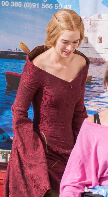 Game_of_Thrones_filming_001_wenn4101241.jpg (438×798)