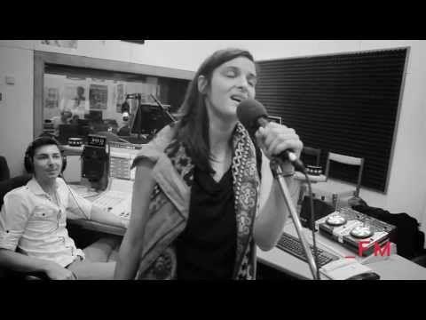 Jana Kirschner Sama Naživo FM - YouTube