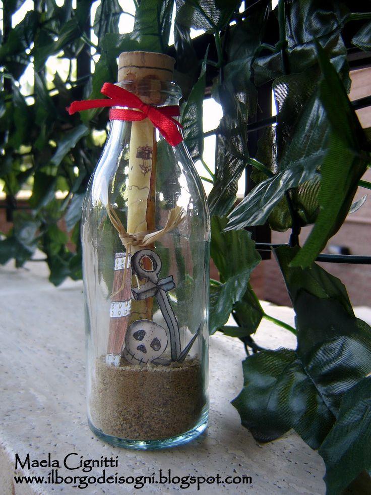 Quest'anno per il compleanno del mio intrepido pirata abbiamo organizzato tutto a tema: E cosa c'è di meglio di un bel messaggio in bottigli...
