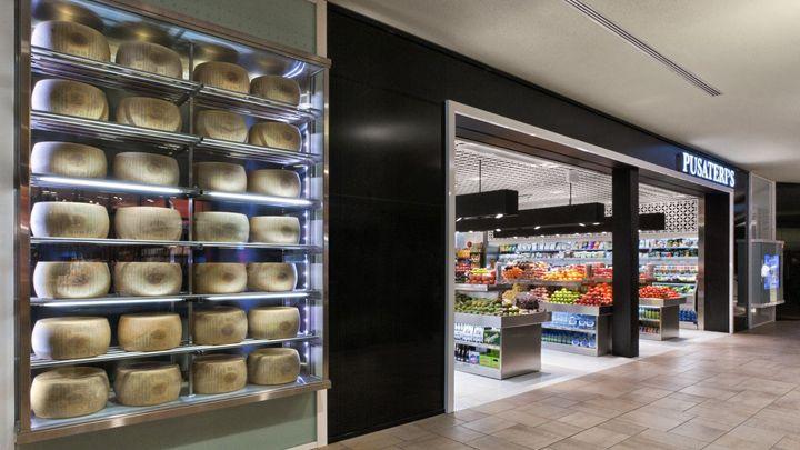 Pusateri's gourmet store
