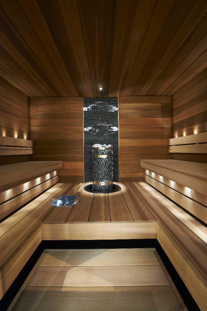 Katso kuva saunan tunnelmallisesta ja tyylikkäästä sisustuksesta. Klikkaa kuvaa, niin näet tuotteiden tiedot ja ostopaikat!