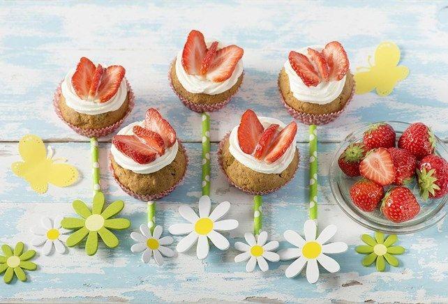 Cupcakes aux papillons en fraise