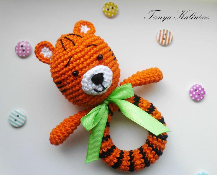 Игрушки-погремушки для самых маленьких👼  #kalinina_toys #игрушкиручнойработы #игрушкипермь #игрушкидлямалышей #игрушки #вяжуназаказ #погремушки #toys #amigurumi #knitting
