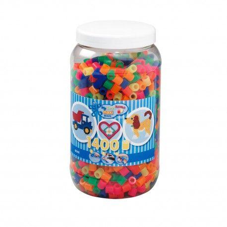 Pot met 1400 Hama Maxi strijkkralen in 6 verschillende neon kleuren. Kleurnummers: 32, 34, 35, 36, 37, 38.  Afmeting pot Ø 11,5 x 21 cm Geschikt voor kinderen vanaf 3 jaar.