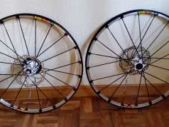 Vendo Ruedas Mavic CrossMax 26""