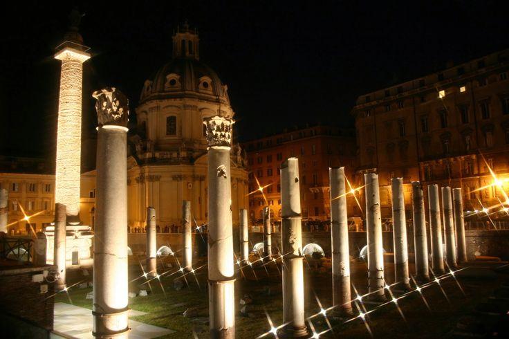 Viaggi con ricordi: ROMA: i Fori Imperiali illuminati... da Oscar!
