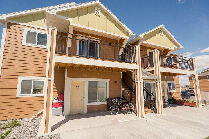 3 Br Apartment in Powell Wyoming - Powell WY Rentals | Limited Time Offer- 2 weeks Free Rent....3 bedroom 2 bath apartment in a 2 story housing complex built in 2014 in Powell Wyoming... Energy Star washer and dryer and dishwasher provided - A/C garbage disposal and microwave. High speed internet and ... | Pets: Not Allowed | Rent: $584.00 | Call HDA Management LLC at 406-245-9998