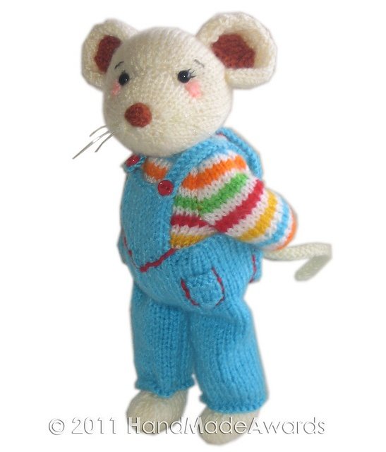 Oh so cute!  Pattern: My Cousin Stuart by Loly Fuertes  $4.50  on Ravelry.