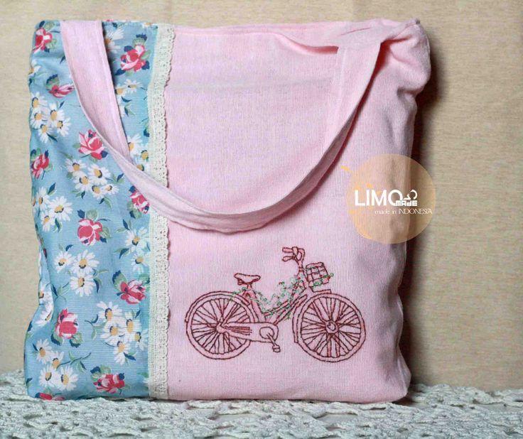 Bicycle | 90K | bahan: kain tenun ikat ATBM [alat tenun bukan mesin], renda, katun | check this limo-made.blogspot.com #handmade #totebag #limitededition #semarang #indonesia #limomade
