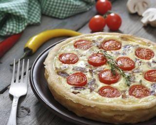 Tarte au thon, tomates et fromage blanc : Savoureuse et équilibrée | Fourchette & Bikini