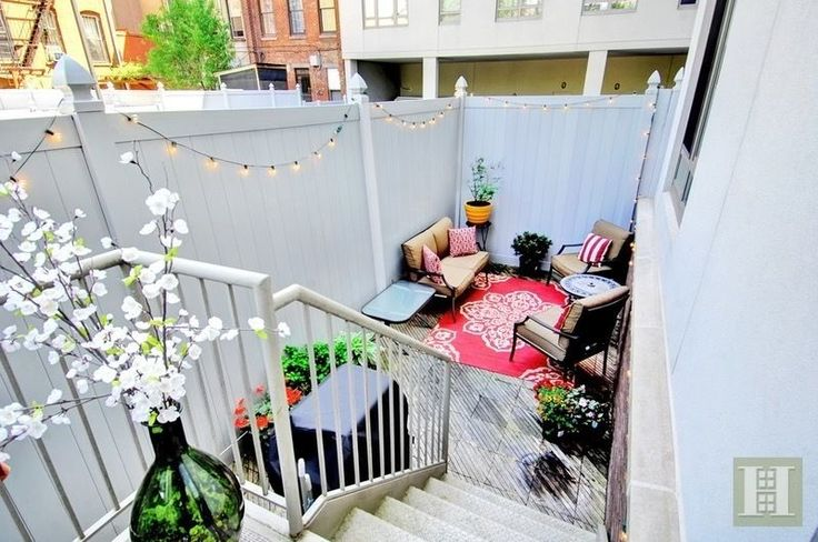 315 Gates Ave #1F is a sale unit in Bedford-Stuyvesant, Brooklyn priced at $979,900.