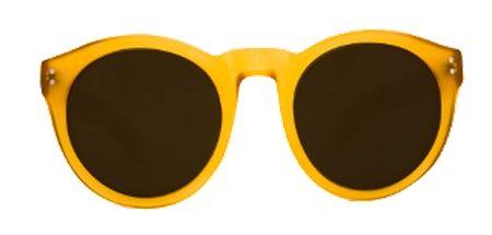 Gafas de sol Little Lucia mostaza descubierto a través de dressinglab.com, la comunidad creada para descubrir, crear e inspirarse de lo mejor de la moda local.