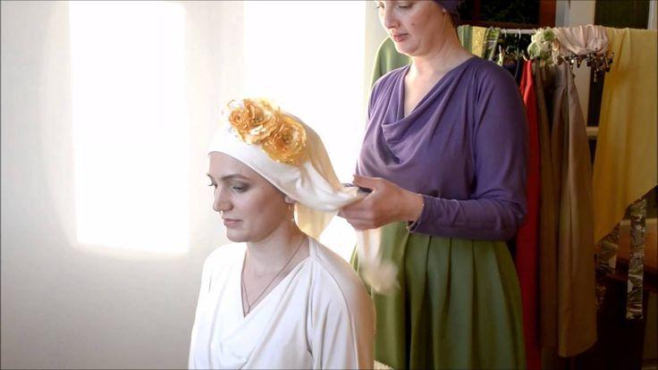 Как завязать косынку на голове. Коснынка или платок с ободком с цветами