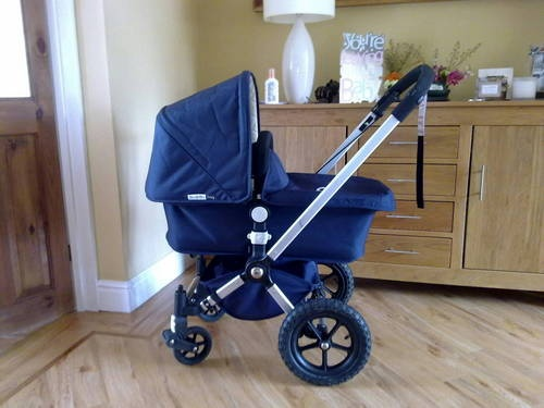 Bugaboo frog carrycot/pram and Stroller - Navy and Cream |
