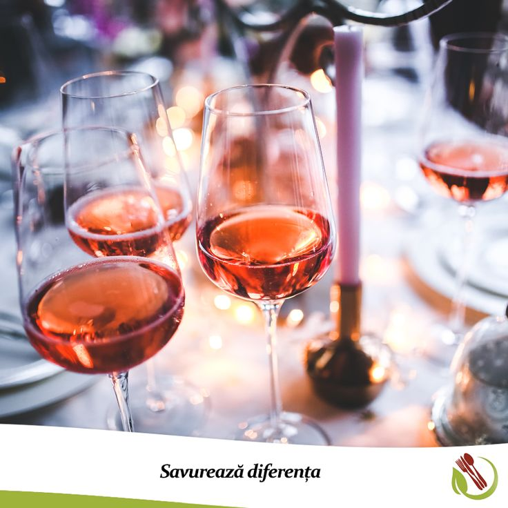 Mergi în vizită și nu ai timp să faci cumpărături?  Comandă online o sticlă de vin sau șampanie și noi ți-o livrăm imediat acasă!