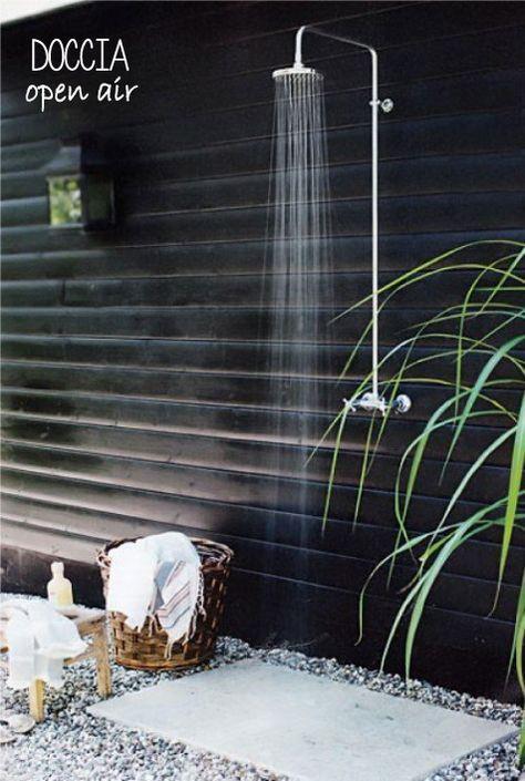 La doccia in giardino! Doccia da giardino, Vasca all