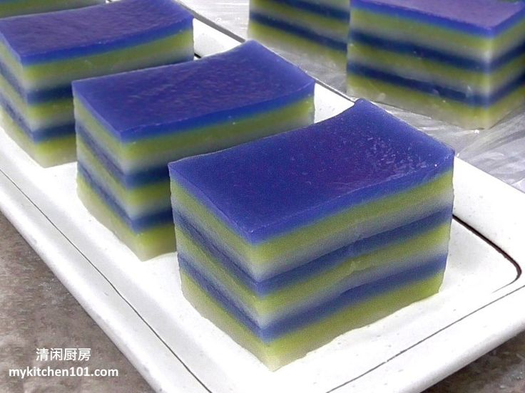 9-layer kuih lapis is one of the kids favourite kuih desserts. The most classic way of eating thiskuih is by tearing it out piece by piece, put into the mouth and chew it slowly, so yummy! This is…