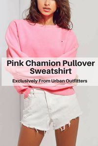Super comfy oversize sweatshirt in candy pink from #UO. #pink #UrbanOutfitters #Champion