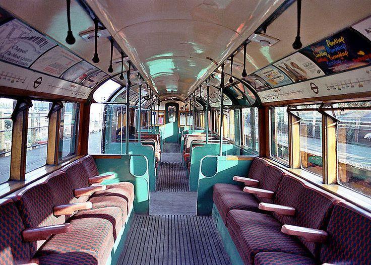 TUBE TRAIN INTERIOR | LONDON | ENGLAND: *London Underground: Bakerloo Line* Photo: 1938