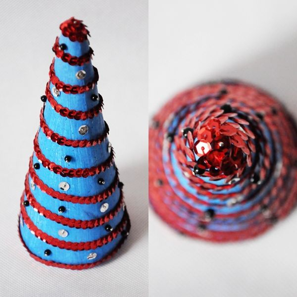 Choinka stożkowa. Zapraszam na mojego bloga: http://diybymarika.blogspot.com/ Zapraszam na mojego funpage'a: Rękodzieło MariKi