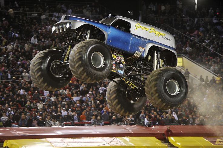 Images For > Grave Digger Monster Truck
