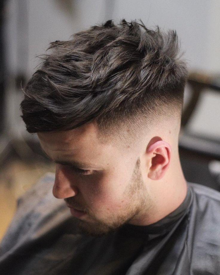 """""""Emphasising that movement up ✂️ #texture #matakkiscissors #matakkiambassador @matakki_scissors @barbershopconnect @internationalbarbers…"""""""