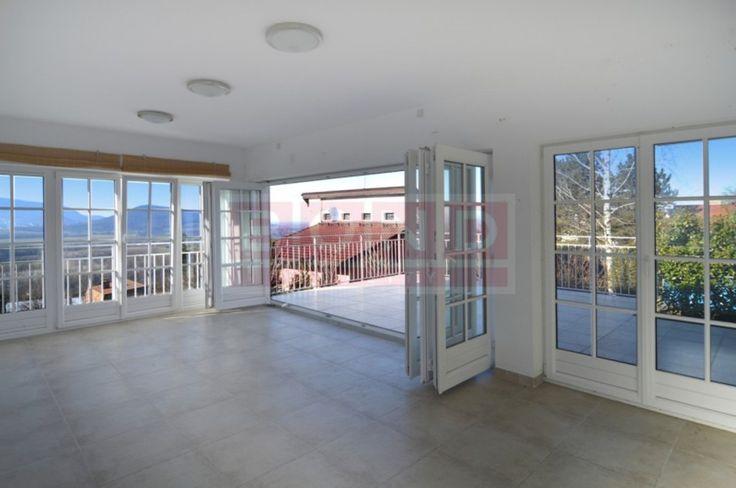 Pozrite si Rodinný dom, Predaj, 350,00m² na Reality.sk