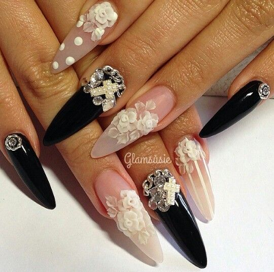 10 Images About Stiletto Nails On Pinterest Nail Art Stiletto Nail Art And Nailart