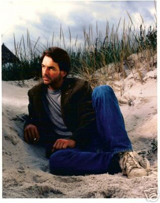 MARK HARMON AT THE BEACH ~ Zelma Pack's site has lots of great photos of Mark Harmon!
