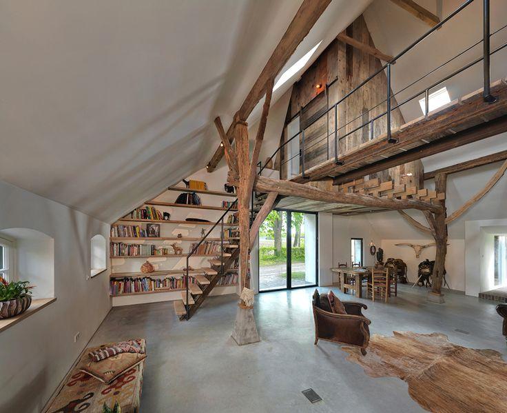 25 beste idee n over boerderij interieur op pinterest boerderijkeukens moderne boerderijen - Interieur eigentijds houten huis ...