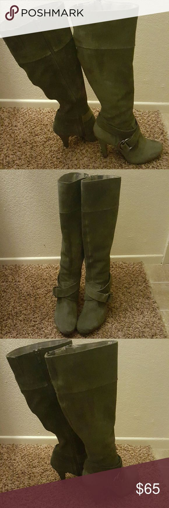 """Steve Madden Suede Ballott Boots SALE TODAY! Steve Madden Ballot Grey Suede Leather Side Zip Knee-High Boots Heels Women's Size 9. These boots are in great pre-owned condition! They have been gently worn and very light wear from use. Still look Great! Approximately 19"""" from top to bottom. 3""""heel and up Circumference 14.5""""  Offers Accepted! Steve Madden Shoes Heeled Boots"""