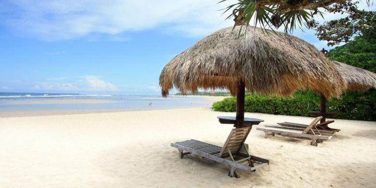 Hingga 2018, Bali Tambah 2.601 Kamar Hotel Mewah | 26/01/2015 | SolusiProperti.com - Bali semakin meneguhkan posisinya sebagai salah satu destinasi wisata dunia. Beberapa brand mewah internasional bakal membuka portofolionya di Pulau Dewata. Di antaranya Rosewood Tanah ... http://news.propertidata.com/hingga-2018-bali-tambah-2-601-kamar-hotel-mewah-2/ #properti #hotel #bali