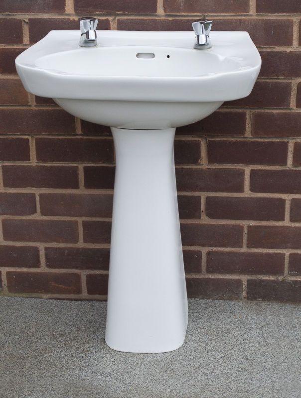 1920 Pedestal Sink : White ceramic bathroom Sink and Pedestal with Taps 1920s flapper hat ...