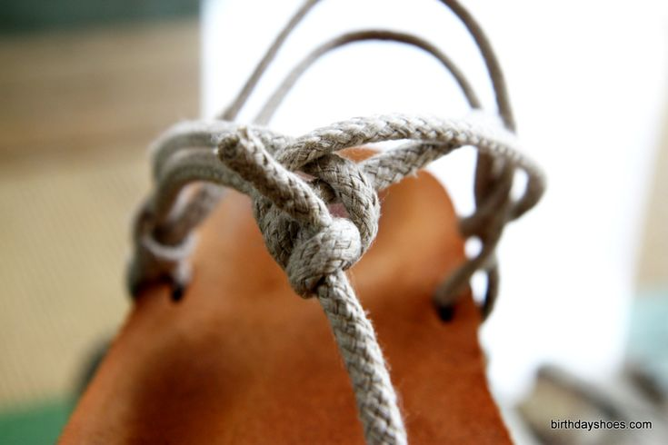 Here is a look at the Luna Sandals hemp laces (on a pair of the Original Luna sandals)